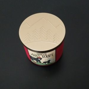 Bath & Body Works Accents - *Bath & Body Works* 3 wick candle